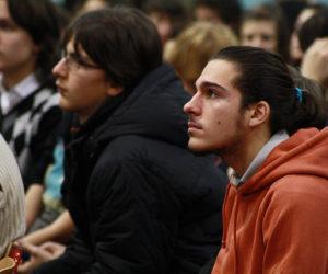 América Latina ainda tem baixo percentual de universitários e segundo grau completo