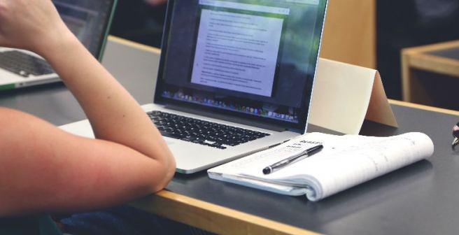 Pedagogia EAD e presencial é a mesma coisa?